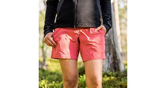 Klättermusen W's Vanadis Shorts Frosty Raspberry